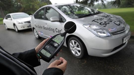 Cách âm chống ồn cho xe ô tô thế nào là hiệu quả