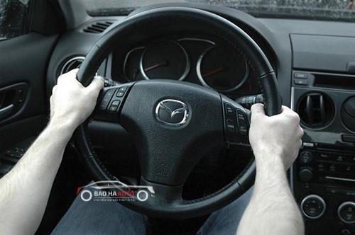 Cách đánh lái ô tô
