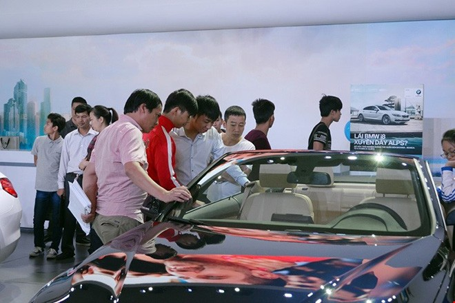 Kinh nghiệm mua xe ô tô mới và những lưu ý khi nhận xe