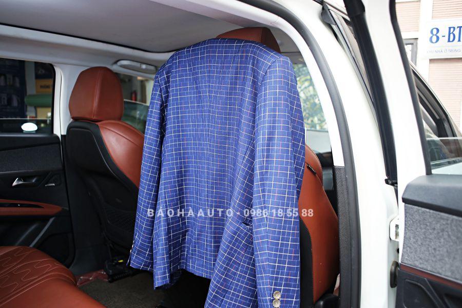 Móc treo áo khoác trên xe ô tô (cao cấp, giá tốt)
